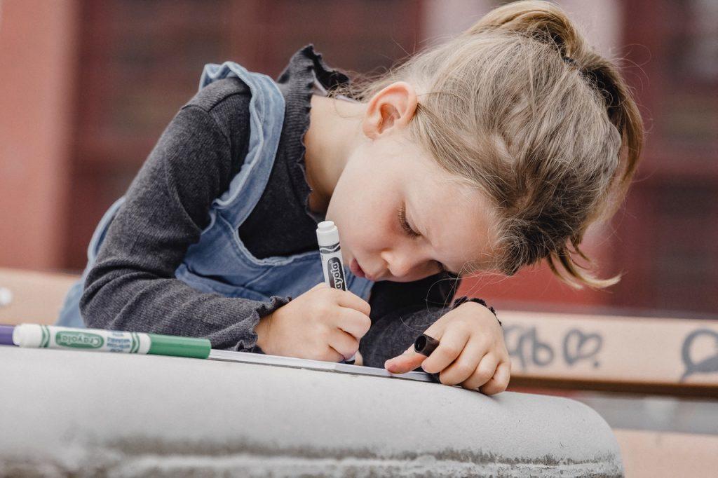 Mejora la calidad formativa de tus hijos con el Arte en actividades extraescolares STEAM