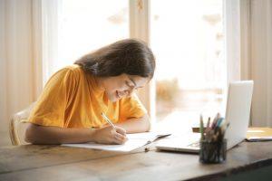 ¿Necesitas ayudar a tus hijos en su educación? Aprovecha el aprendizaje maker en actividades extraescolares
